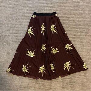 Midi Pleated Floral Skirt
